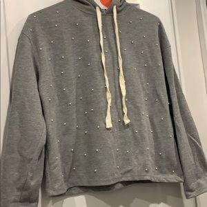 Zara Pearl sweatshirt size small !